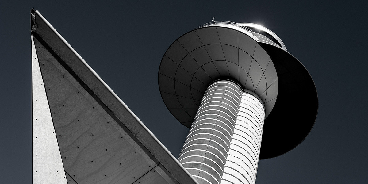 Art-of-the-airport-tower-Russo