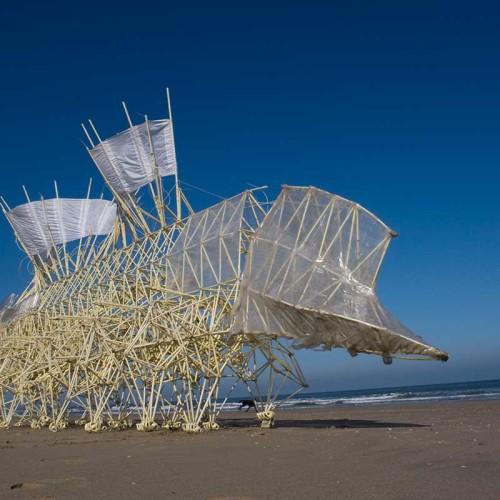 Strandbeest:  Las máquinas de ensueño de Theo Jansen