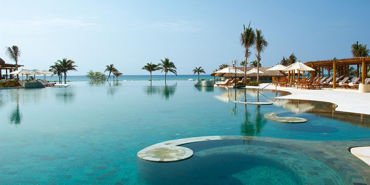 Grand_Velas-Riviera-Maya-piscina