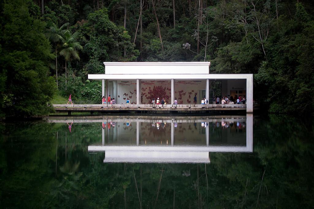 Inhotim el jard n de las delicias queda en brasil for El jardin del deseo pendientes