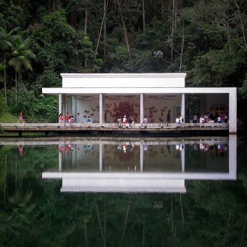 Inhotim, el Jardín de las Delicias queda en Brasil