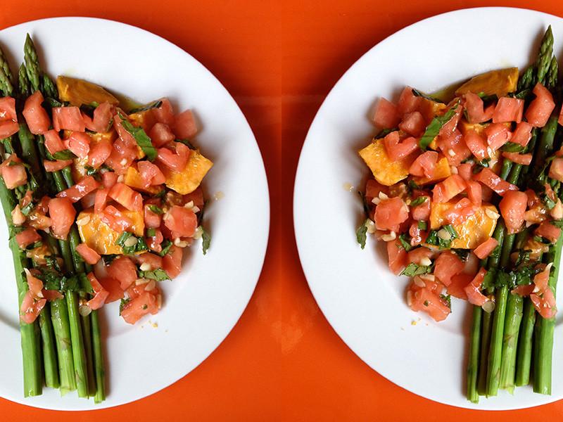 falsos-gnocci-batata-tomate-esparragos