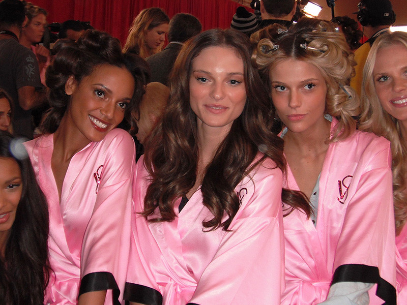 Victoria's-secret-models