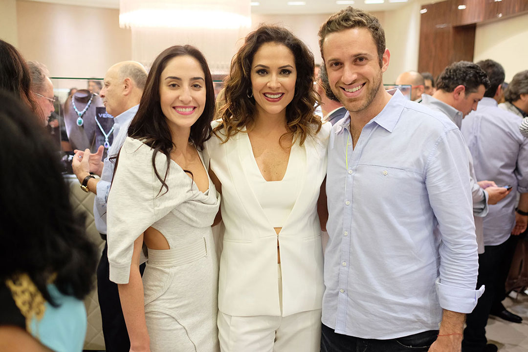 Daoro-Miami-Alicia-Bittan,-Ines-Sheero,-&-Leon-Ojaldo
