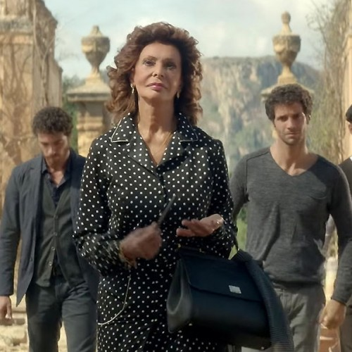 Dolce Rosa Excelsa, un exquisito mini film con Sofía Loren