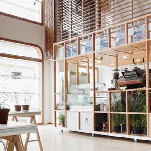 Un café en el Instituto Finlandés de París