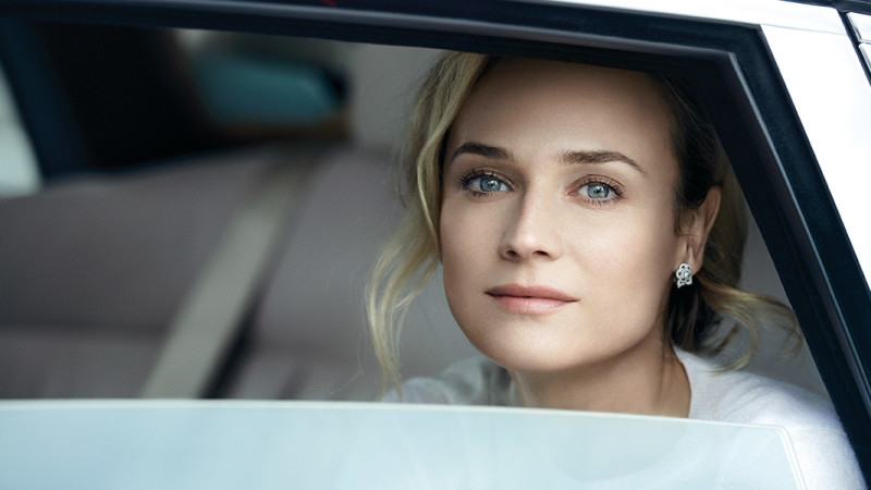 Chanel-Hydra-beauty-Diane-Kruger