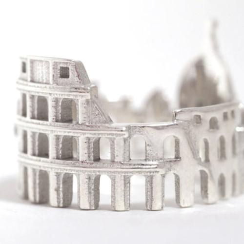 Los anillos de ciudades de la rusa Ola Shekhtman