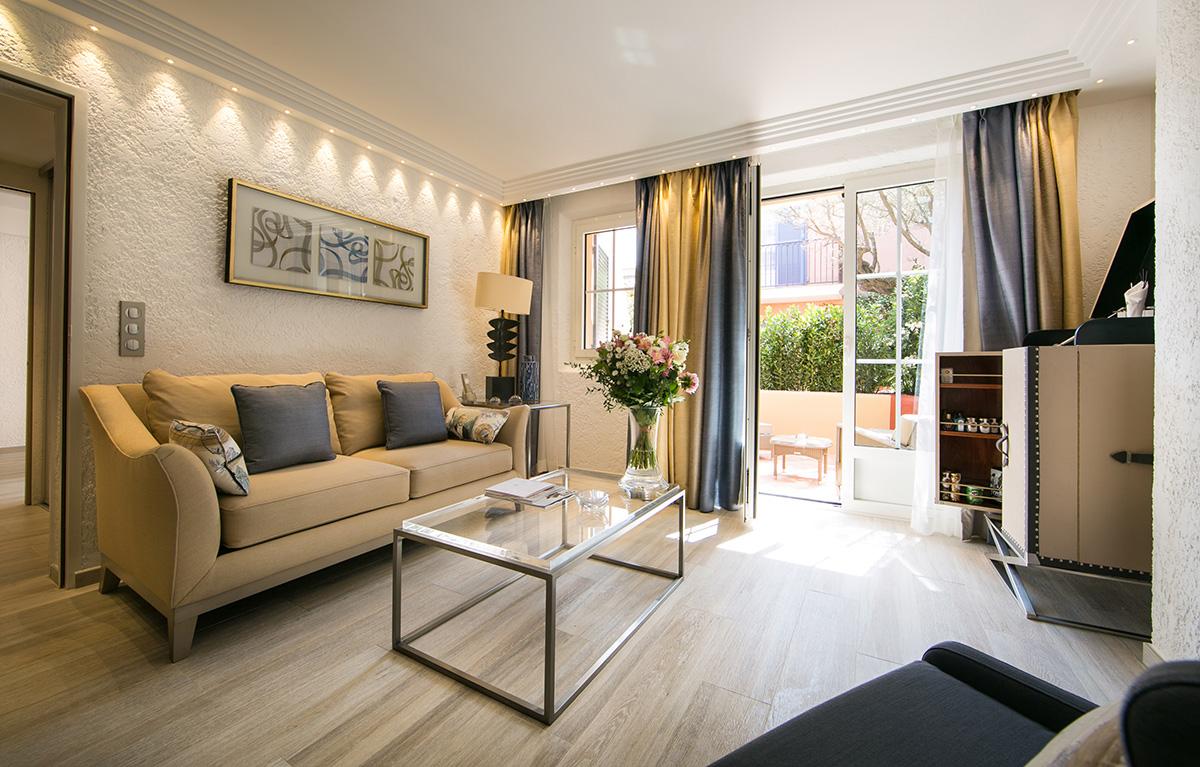 Hotel-Byblos-Hameau-Luxury-Junior-Suite