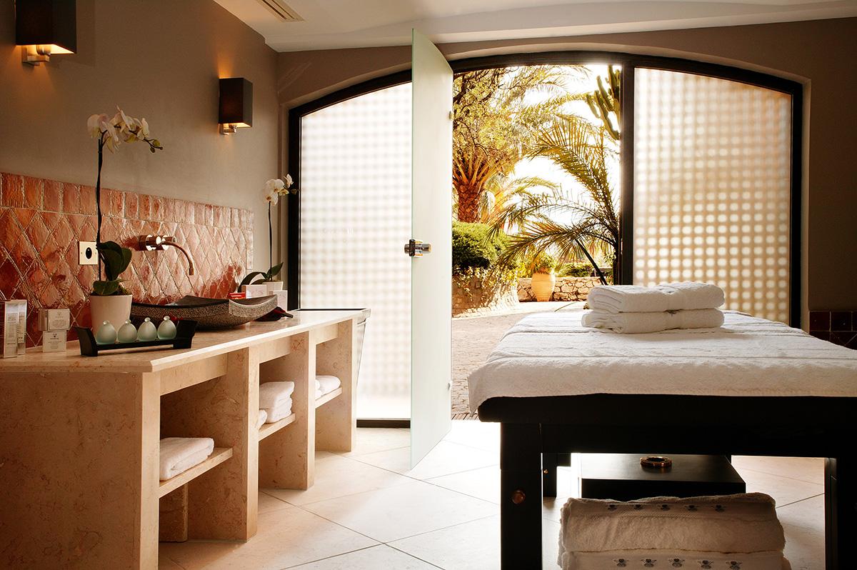 Hotel-Byblos-Spa-by-Sisley
