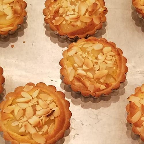 Receta de tarta de peras y almendras