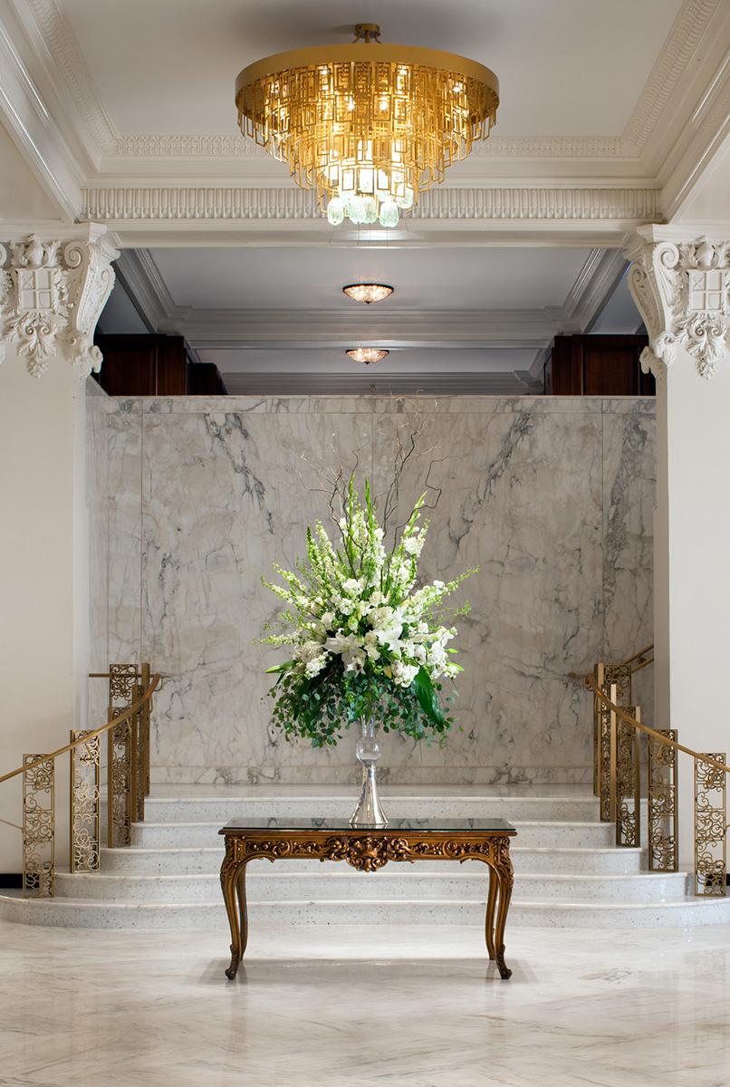 The-St.-Anthony-lobby