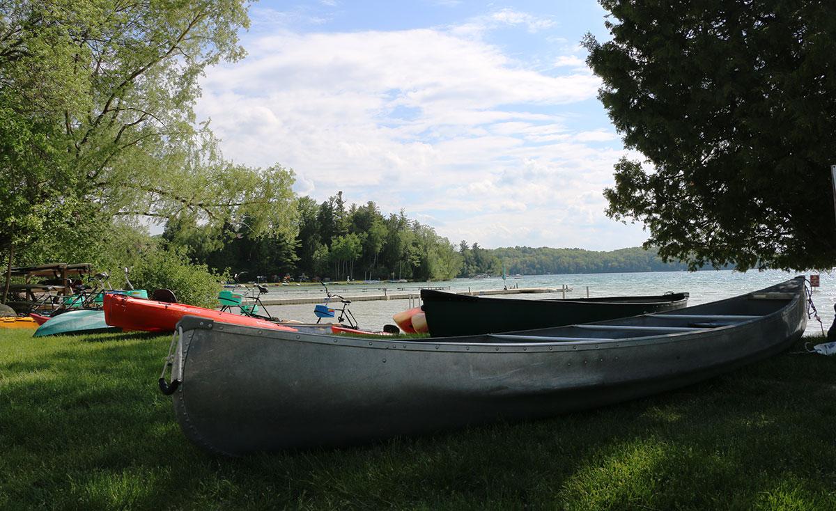 elkhart-lake-canoe