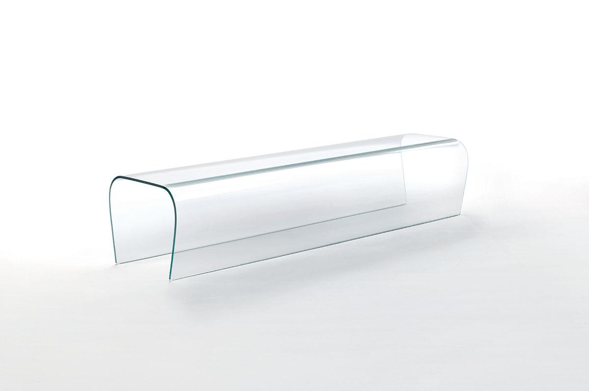 Bent-glass-bench-by-Naoto-Fukasawa-for-GlasItalia