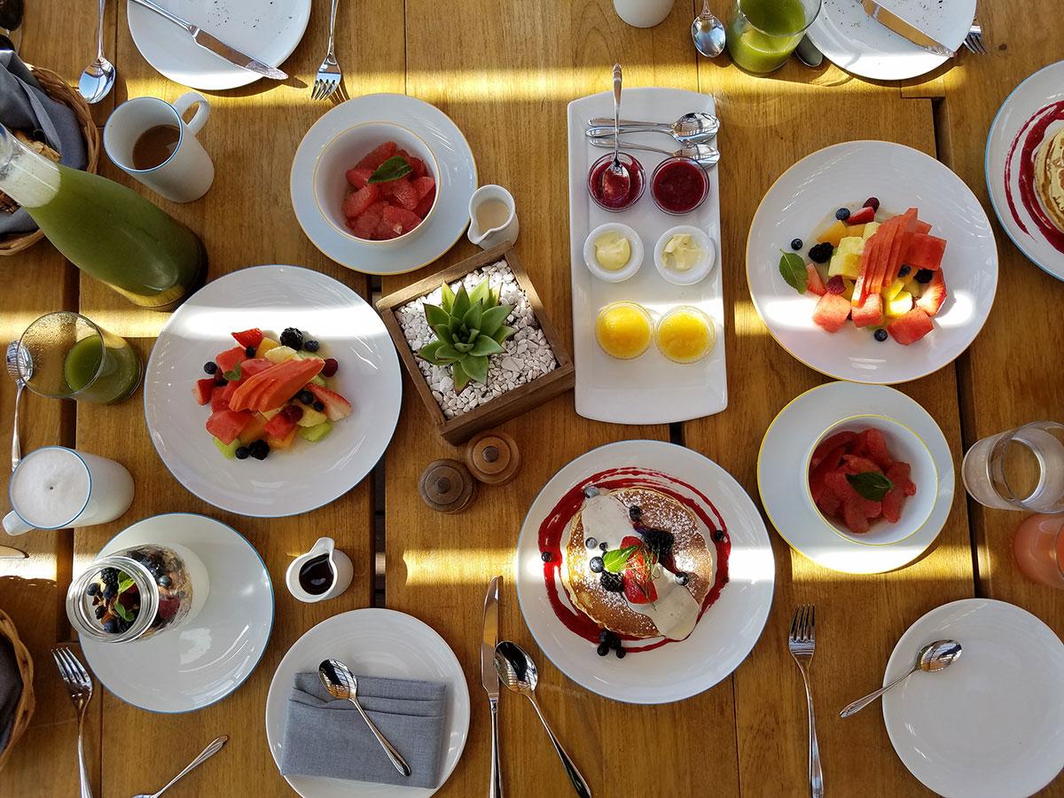 Cinco-Restaurante-desayuno