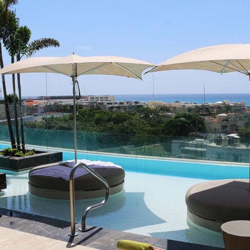 Hotel Thompson Playa del Carmen, una terraza de lujo en la Riviera Maya