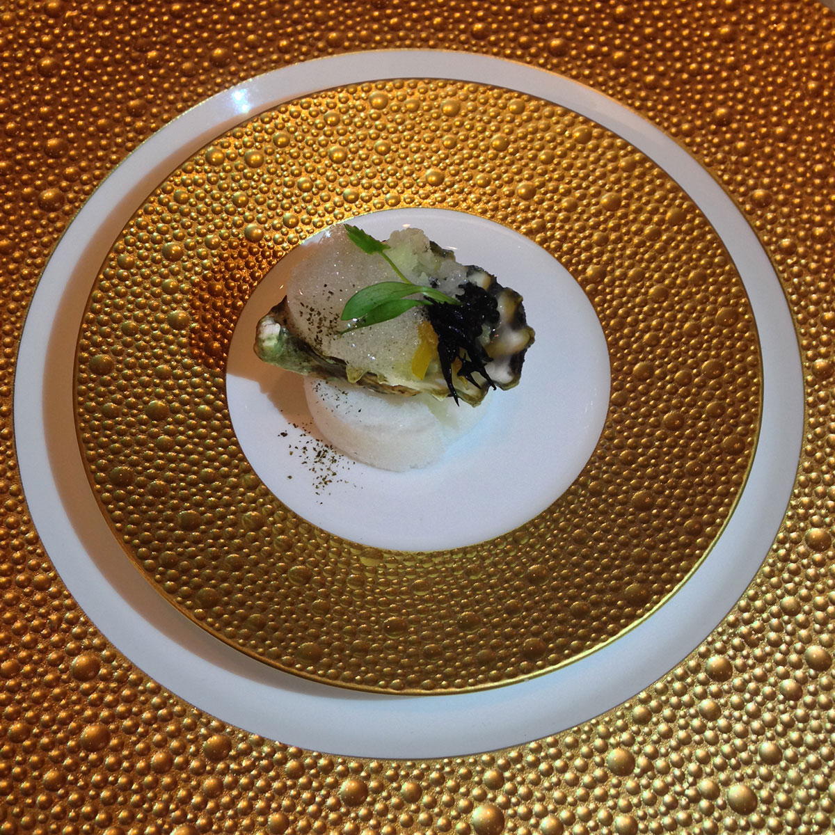 Caviar-Russe-Miami-Kusshi-Oyster