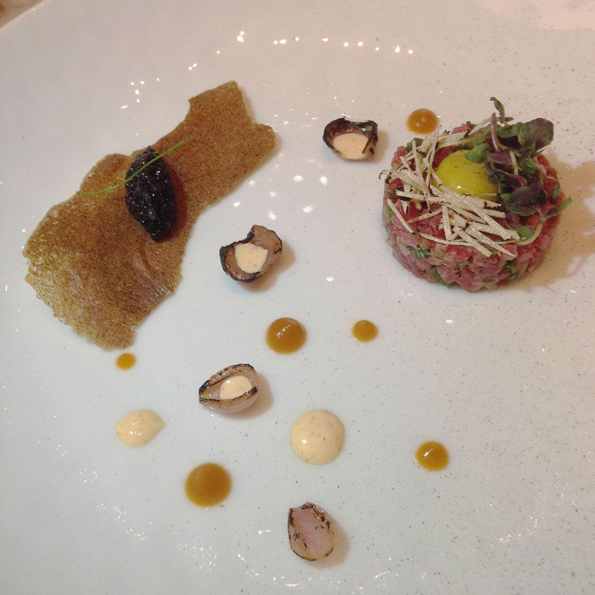 Caviar-Russe-Miami-Steak-tartare