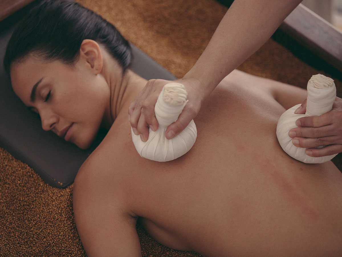 AME-Spa-quarzt-salt-massage