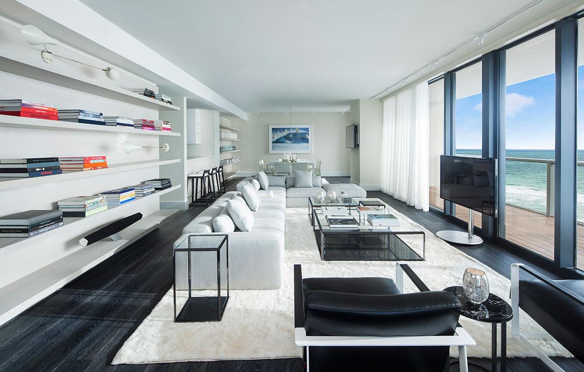 W-South-Beach-EWOW-suite-living
