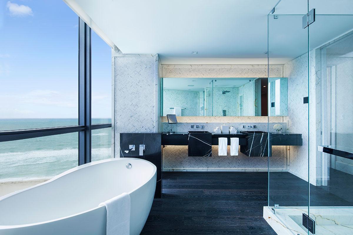 W-south-Beach-EWOW-suite-bathroom