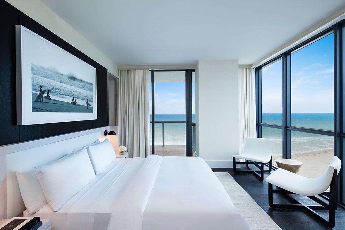 W-south-Beach-EWOW-suite-bedroom
