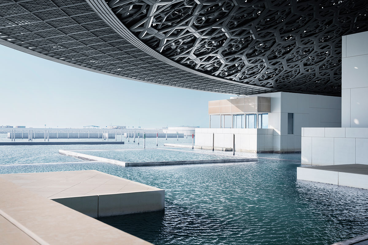 Louvre-Abu-Dhabi,-vista-al-mar-Ph--Mohamed-Somji