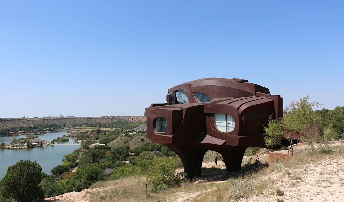 lubbock Texas Robert Bruno Steel House