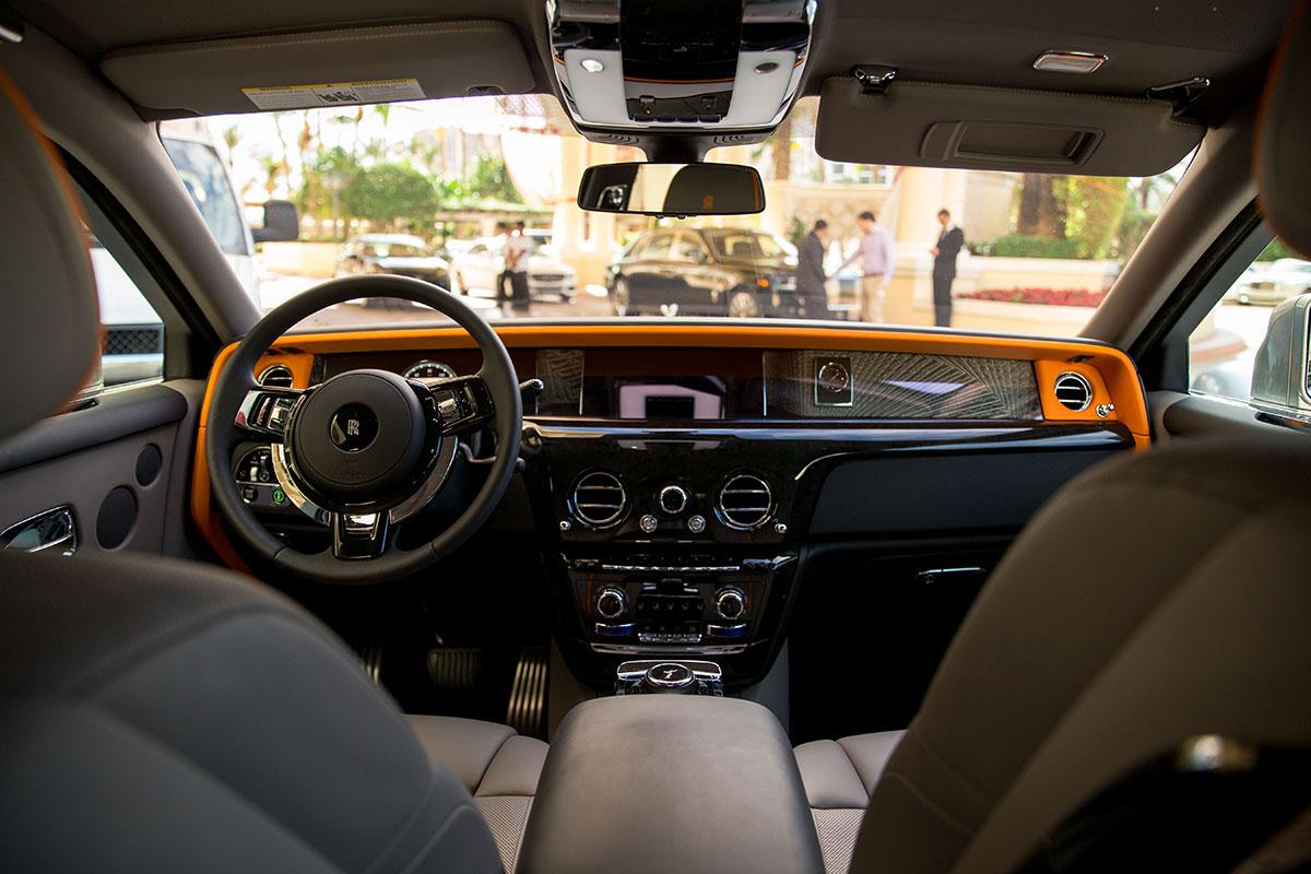 Rolls-Royce-Phantom-Acqualina-Resort