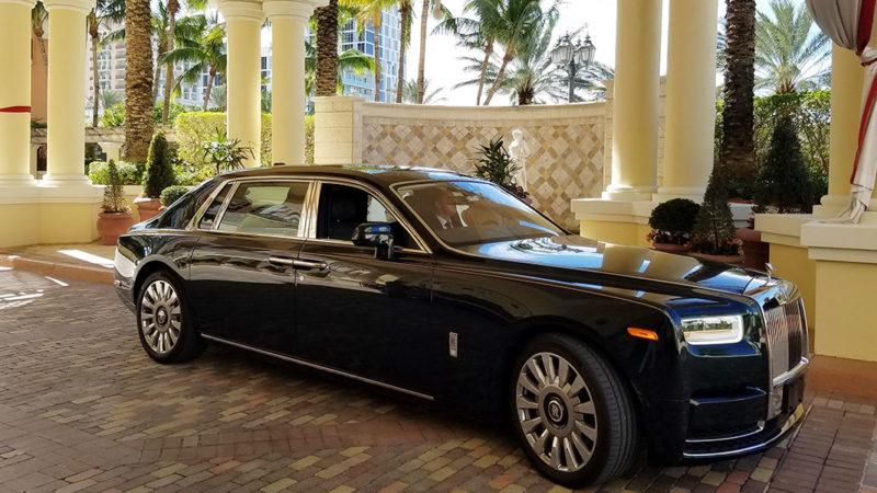 Rolls-Royce-Phantom-2018-at-Acqualina-Resort