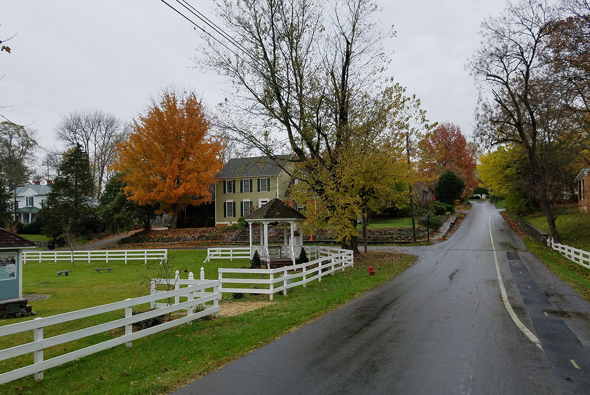 Fincastle-Virginia-Blue-Ridge-Mountains