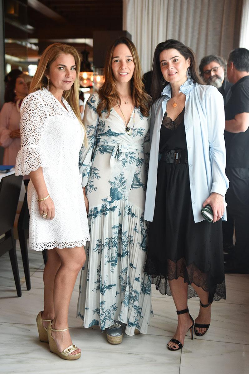 Sevan-Bicakci-lunch-Alexandra-Lavie,-Mariaco-Zuloaga,-Mariana-Gimenez