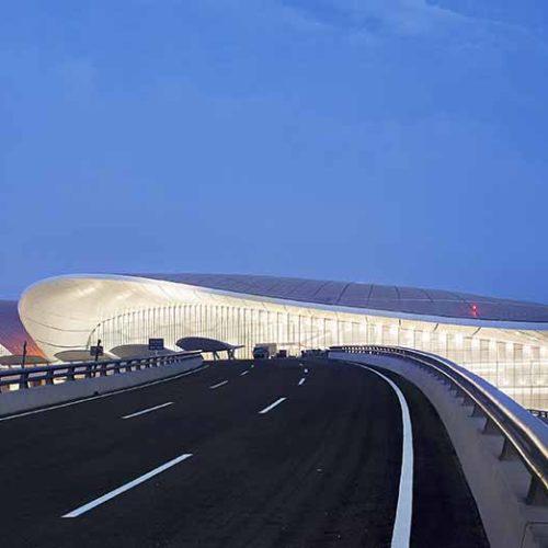 El terminal de aeropuerto más grande del mundo: Beijing Daxing