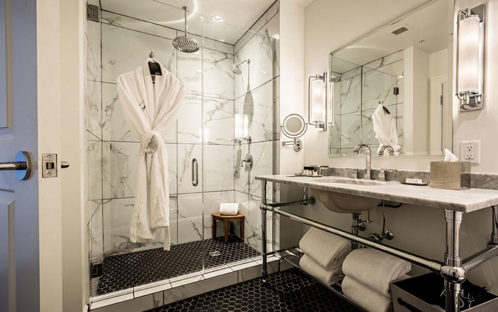 Hotel-goodwin-bathroom