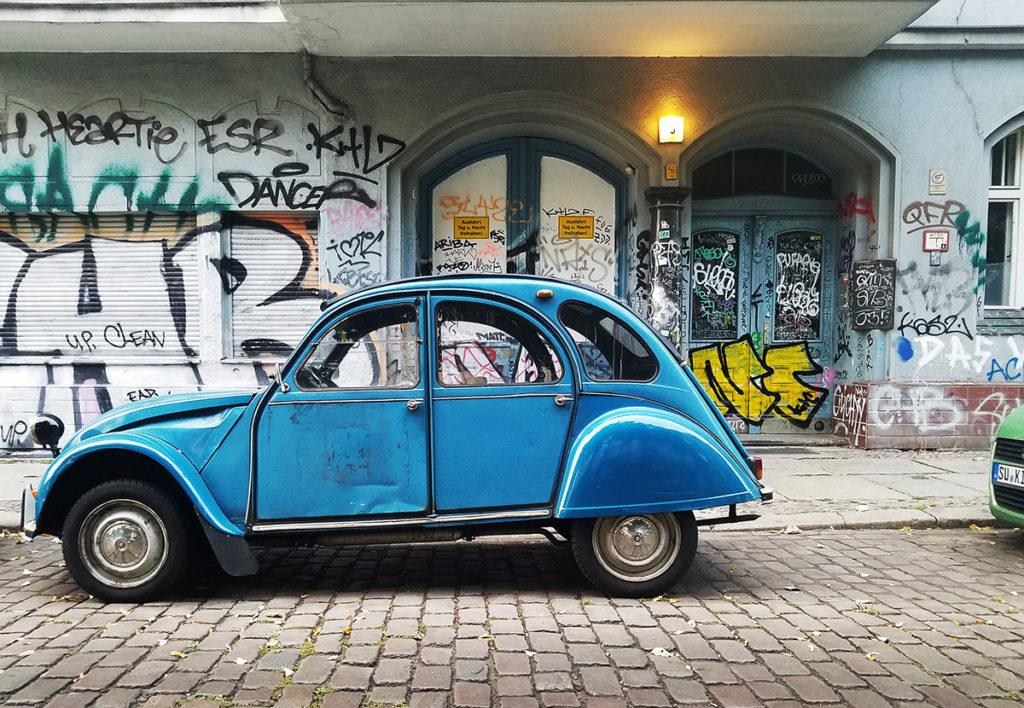 Berlin-car-by-Leonardo-Davalos