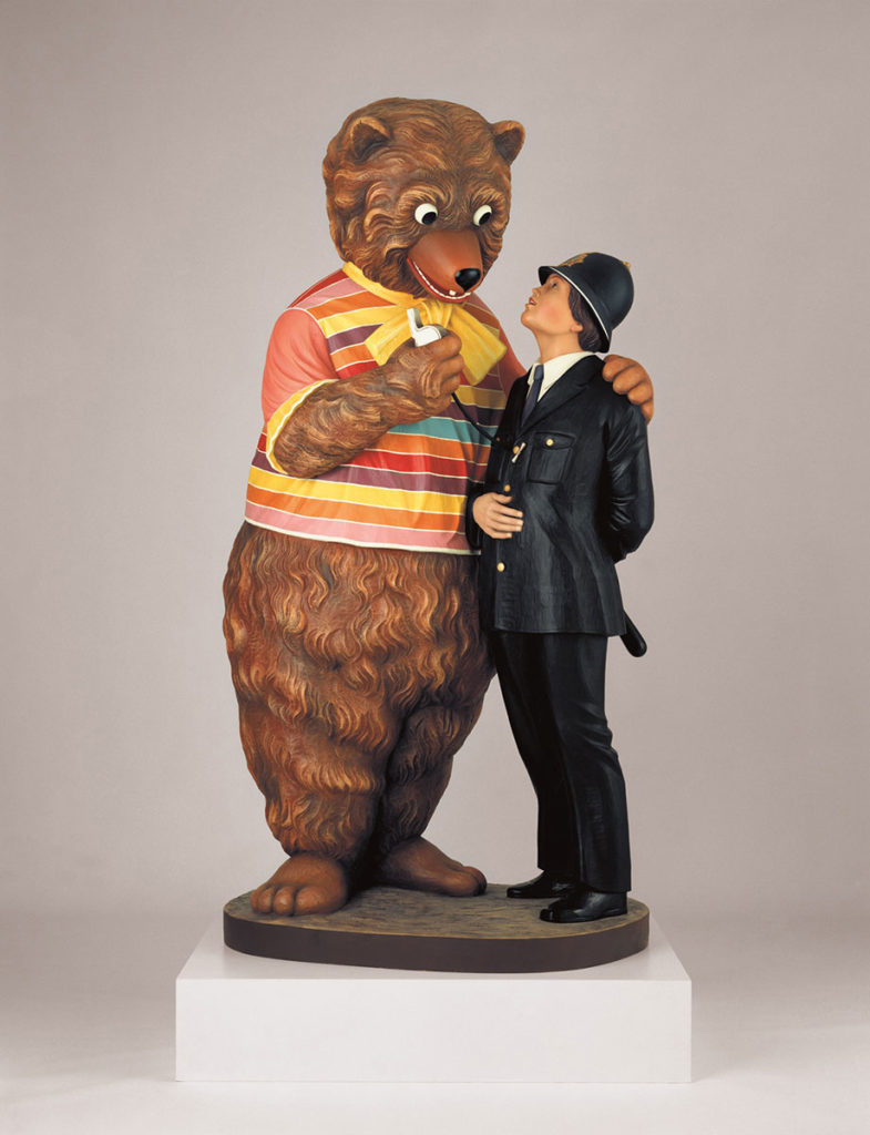 Jeff-Koons-Bear-and-Policeman,-1988,-polychromed-wood