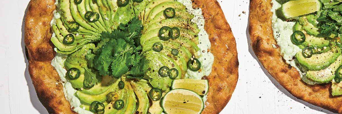 Receta para hacer la mejor pizza de aguacate