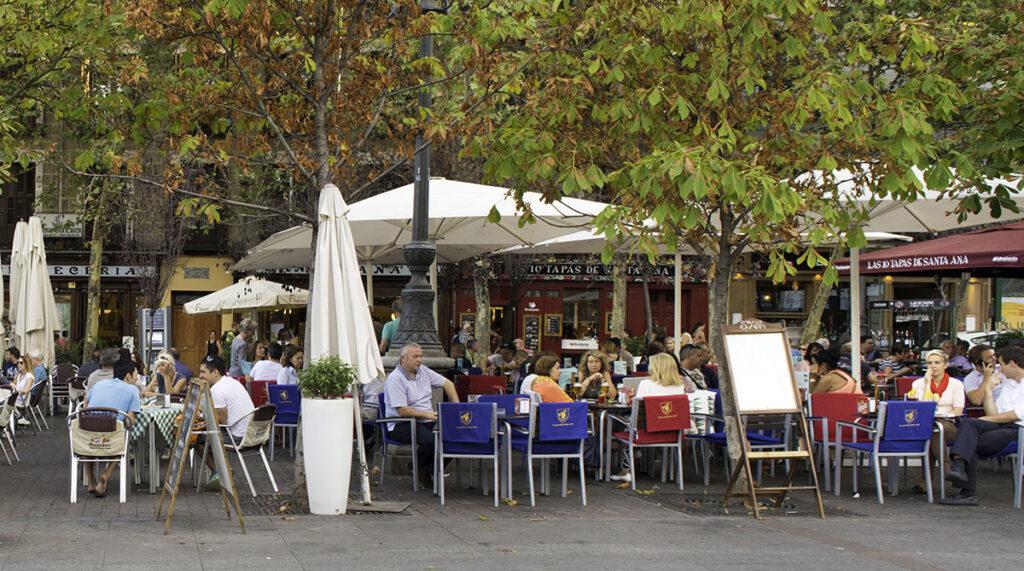 Plaza-de-Santa-Ana-(Barrio-de-Las-Letras)Cesar-Lucas-Abreu