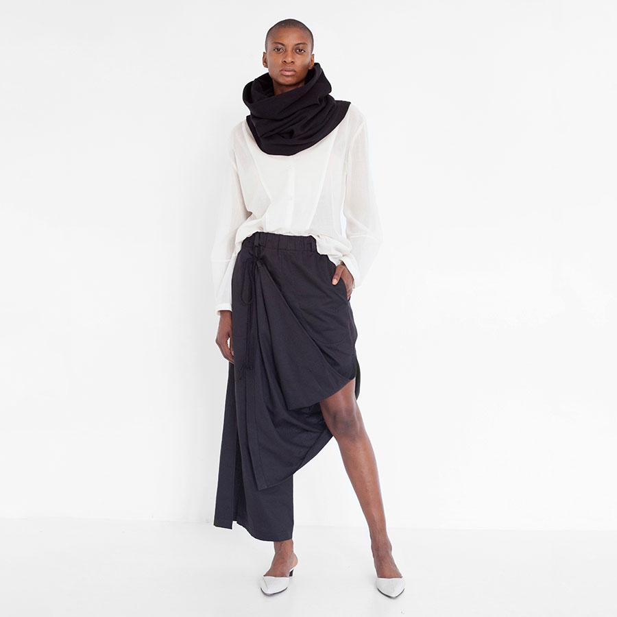 Natascha_von_Hirschhausen_draped_cotton_pants